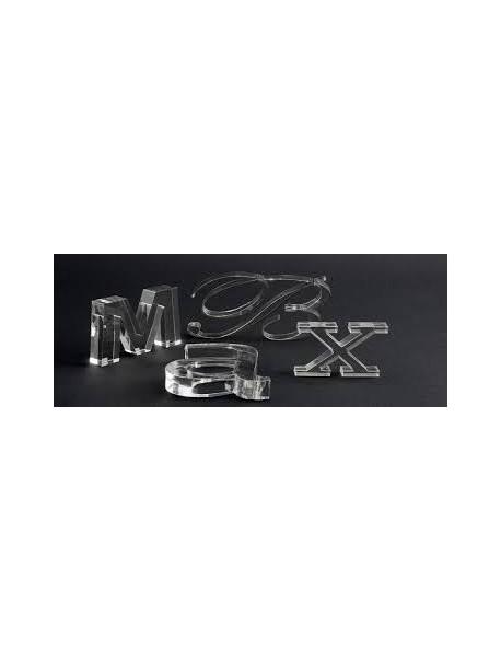 Letra Corpórea de 5cm. de altura en Metacrlilato transparente
